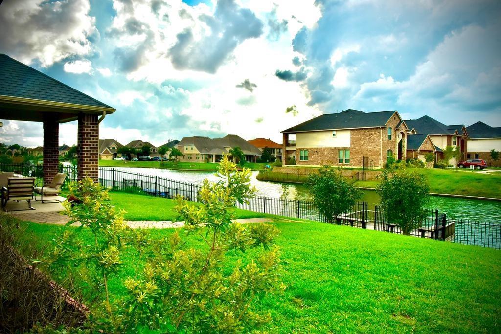 Active | 3926 Amalfi Shores  Court Missouri City, TX 77459 40