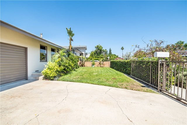 Closed | 10146 Stagg  Street Sun Valley, CA 91352 2