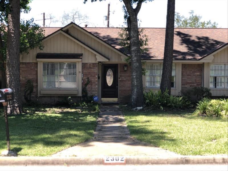 Active | 2302 Normal Park Drive Huntsville, Texas 77340 36