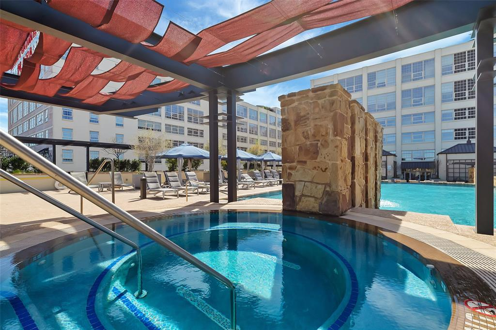 Active   2600 W 7th Street #2620 Fort Worth, Texas 76107 32