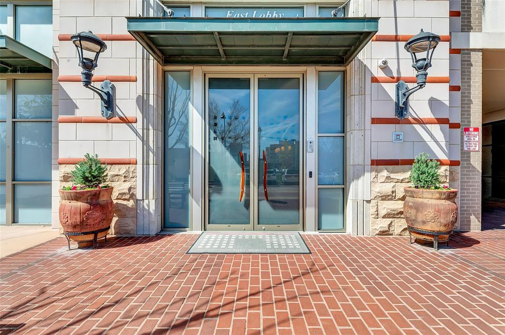 Active   2600 W 7th Street #2620 Fort Worth, Texas 76107 4