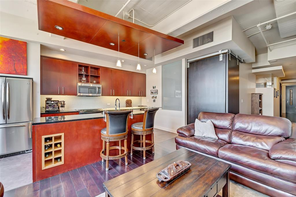 Active   2600 W 7th Street #2620 Fort Worth, Texas 76107 9