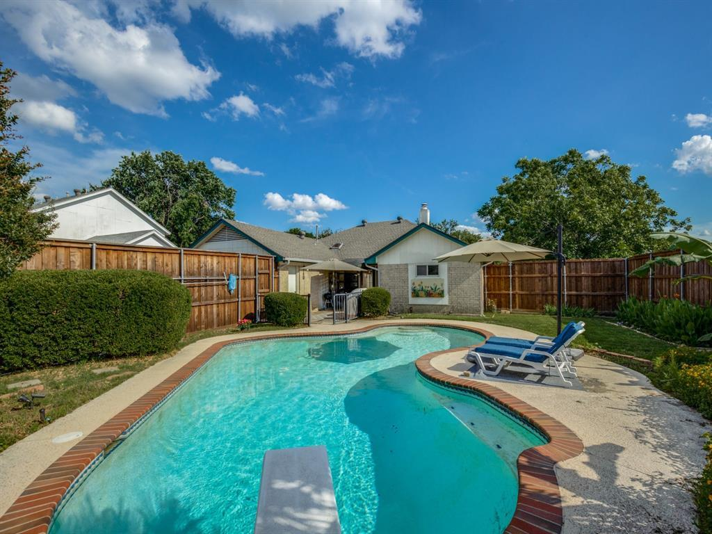 Sold Property | 406 Kingsbridge  Circle Garland, TX 75040 34