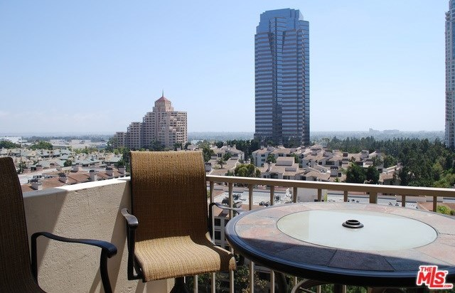 Active | 2170 CENTURY PARK EAST  #1605 Los Angeles, CA 90067 12