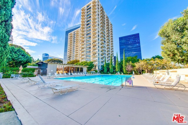 Active | 2170 CENTURY PARK EAST  #1605 Los Angeles, CA 90067 2