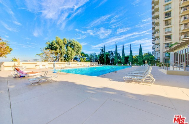 Active | 2170 CENTURY PARK EAST  #1605 Los Angeles, CA 90067 3