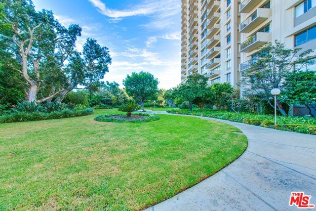Active | 2170 CENTURY PARK EAST  #1605 Los Angeles, CA 90067 4