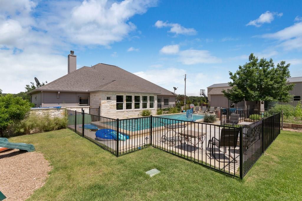 Pending | 417 Beauchamp Dripping Springs, TX 78620 33