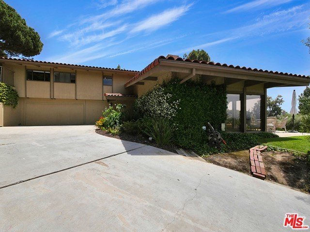 Closed | 2552 VIA OLIVERA Palos Verdes Estates, CA 90274 51
