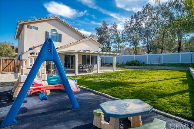 Closed | 26939 Eagle Run  Street Corona, CA 92883 5
