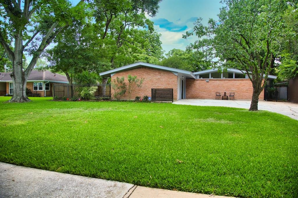 Active | 5507 Willowbend  Boulevard Houston, TX 77096 0