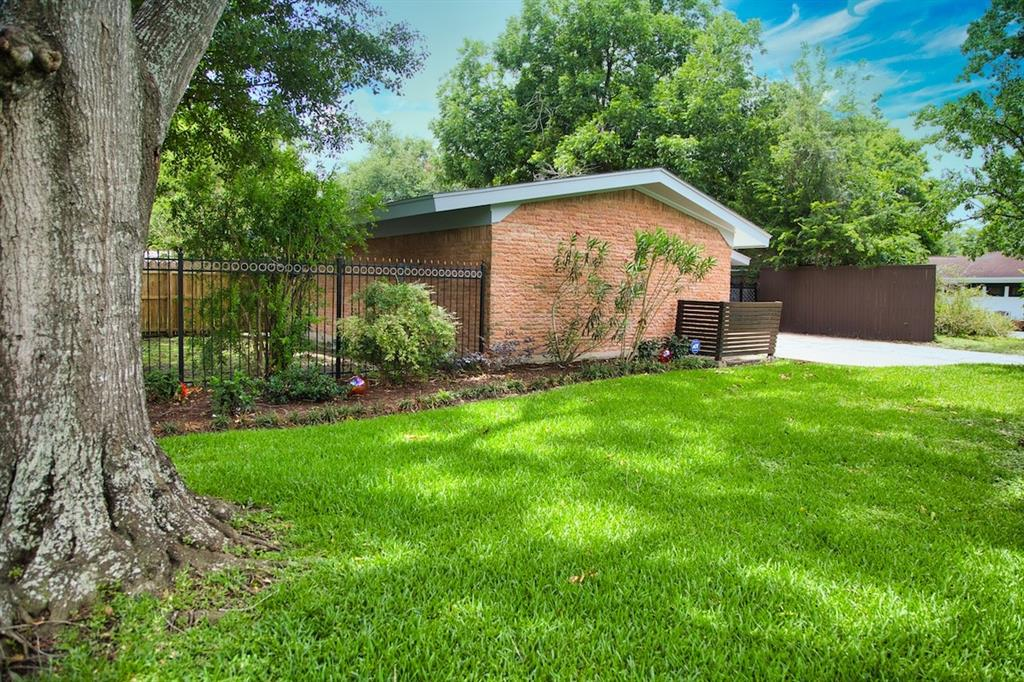 Active | 5507 Willowbend  Boulevard Houston, TX 77096 2