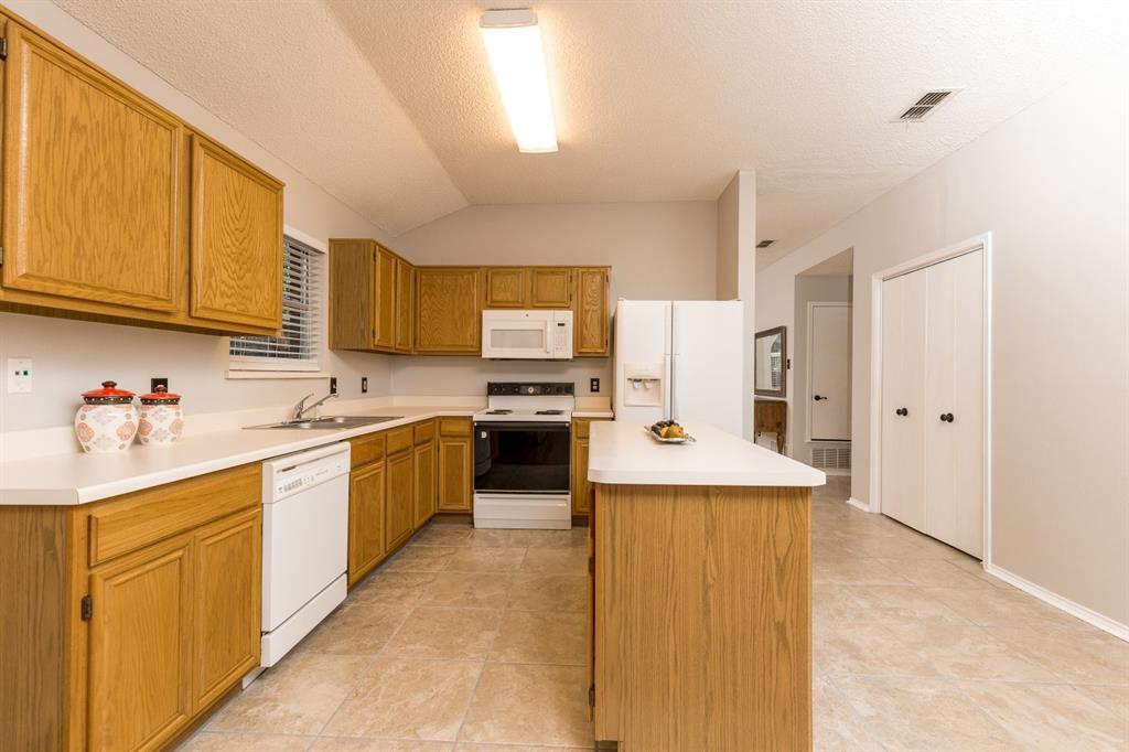 Sold Property | 6306 Blaney  Drive Arlington, TX 76001 11