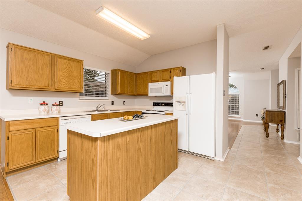 Sold Property | 6306 Blaney  Drive Arlington, TX 76001 10