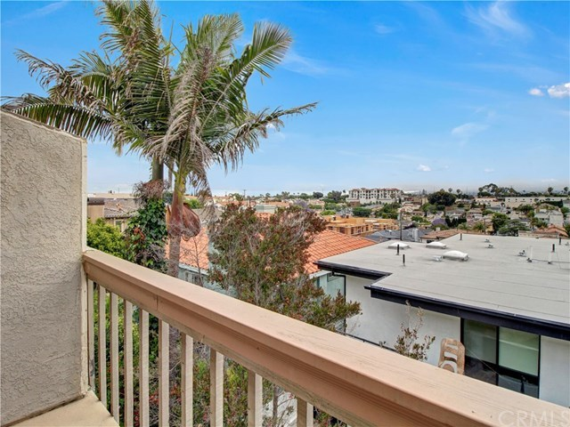 Closed | 1920 Voorhees  Avenue #3 Redondo Beach, CA 90278 26
