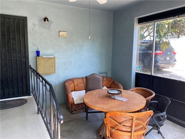 Off Market | 161 W Avenue 28 Lincoln Heights, CA 90031 2