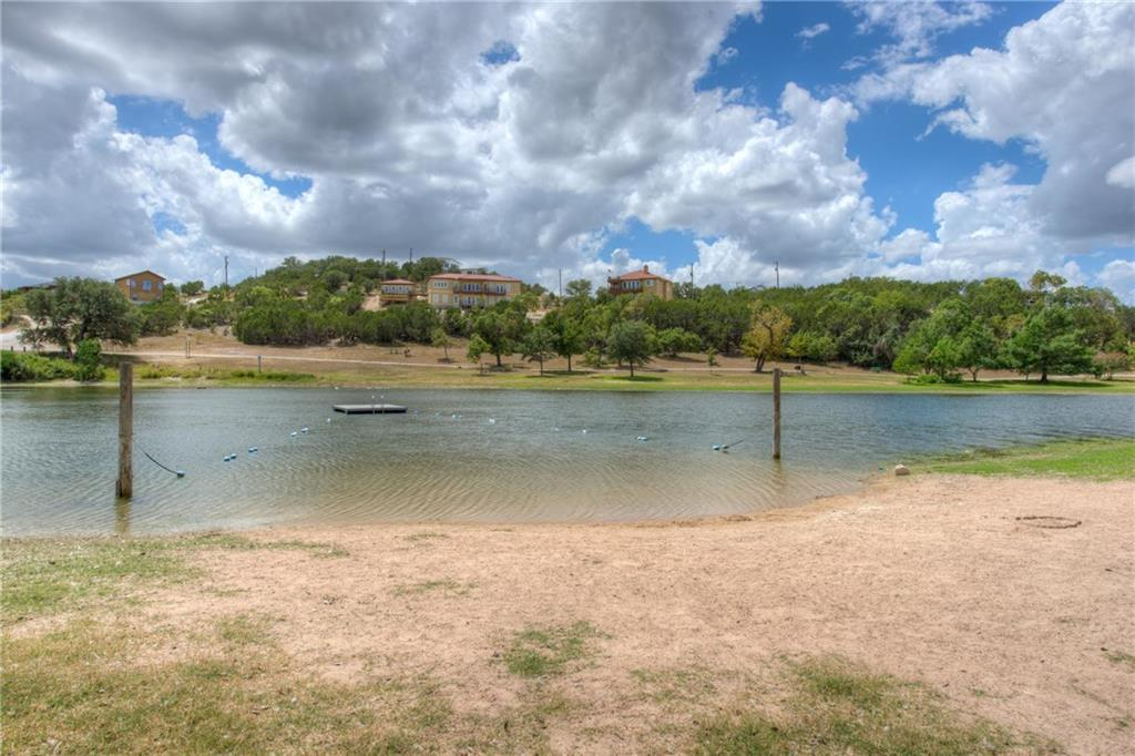 Active   17406 Village  DR Dripping Springs, TX 78620 37