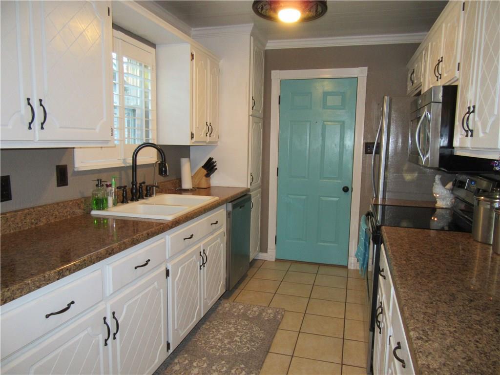 Sold Property | 3742 Auburn Drive Abilene, Texas 79602 3
