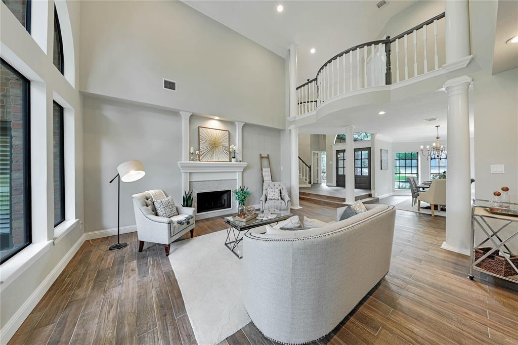 Option Pending | 24710 Creekview  Drive Spring, TX 77389 13