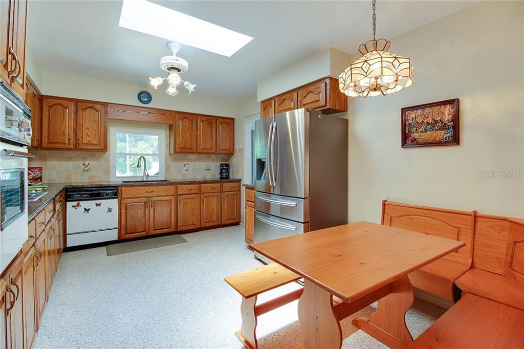 Sold Property | 5582 CAPE AQUA  DRIVE SARASOTA, FL 34242 15