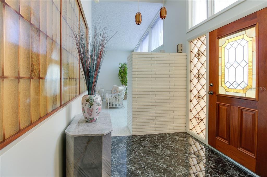 Sold Property | 5582 CAPE AQUA  DRIVE SARASOTA, FL 34242 5