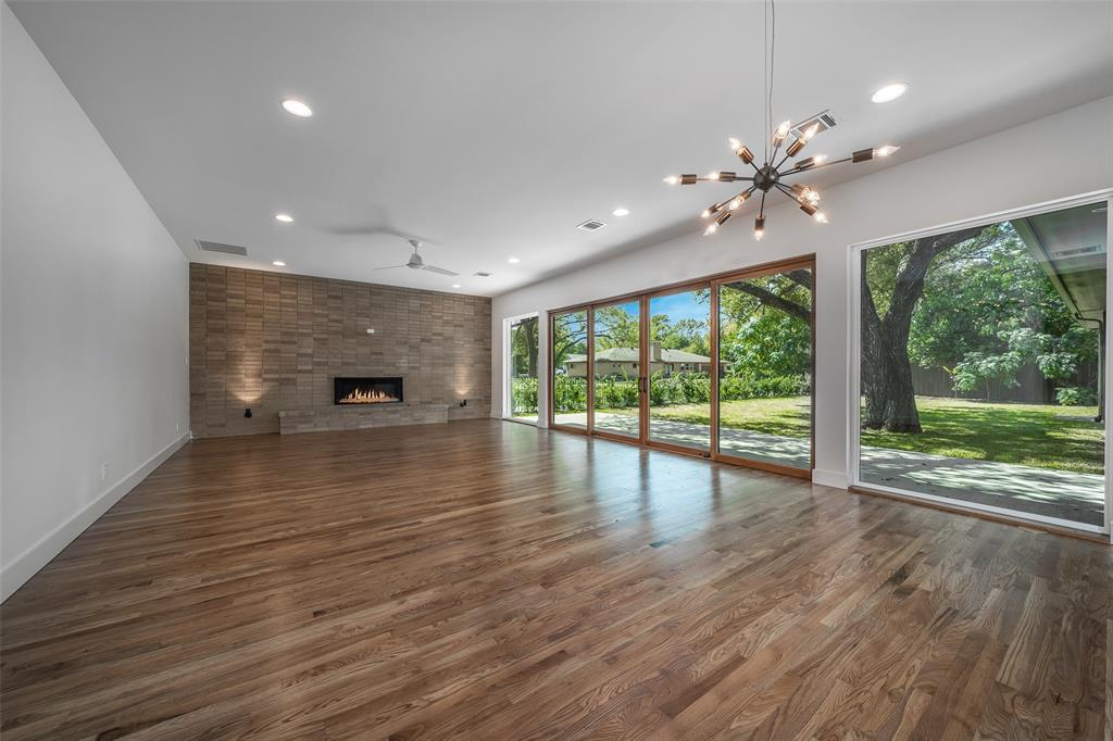 Pending | 9367 N County  Road Frisco, TX 75033 4
