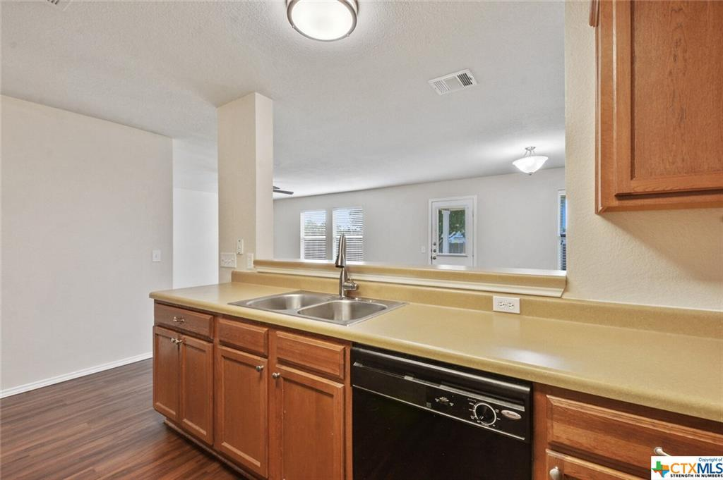 Sold Property   1100 Portchester Castle Path Pflugerville, TX 78660 11