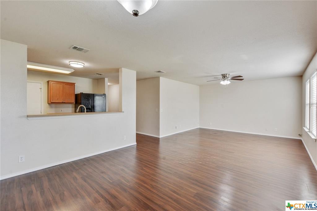 Sold Property   1100 Portchester Castle Path Pflugerville, TX 78660 8