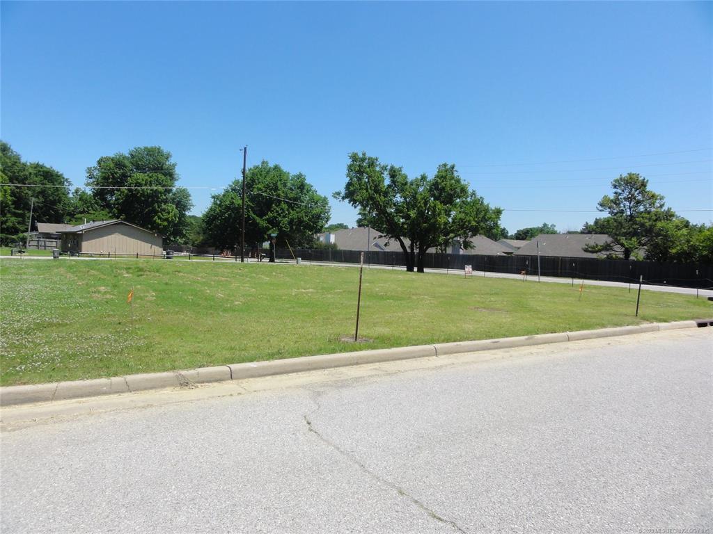 Active | 1713 W Pine Place Tulsa, OK 74127 2