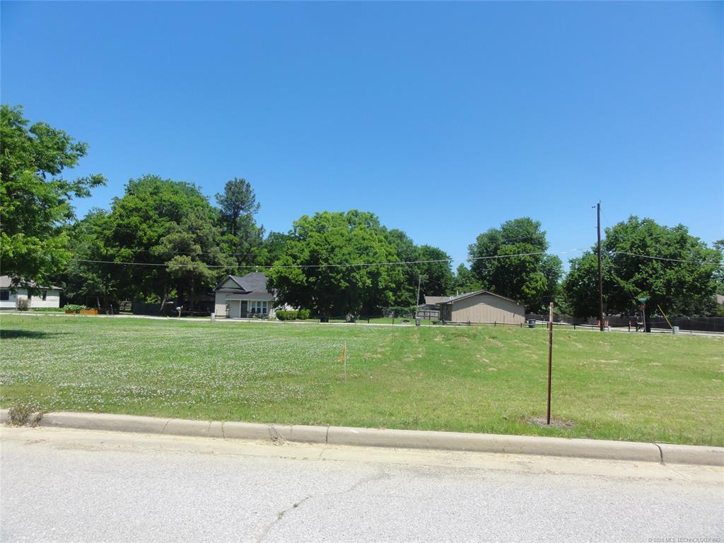Active | 1713 W Pine Place Tulsa, OK 74127 4