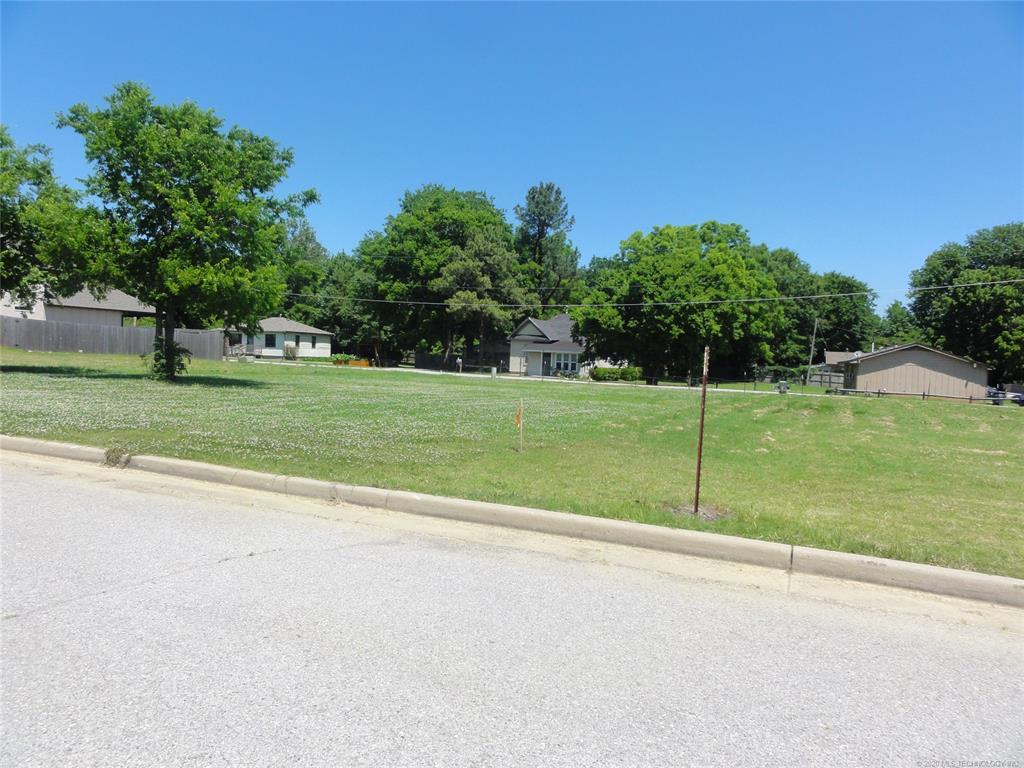 Active | 1713 W Pine Place Tulsa, OK 74127 5