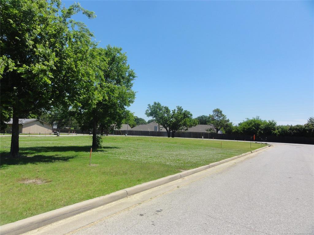 Active | 1713 W Pine Place Tulsa, OK 74127 7