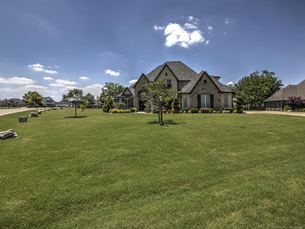 Active | 6616 N Wilderness Trail Owasso, OK 74055 1