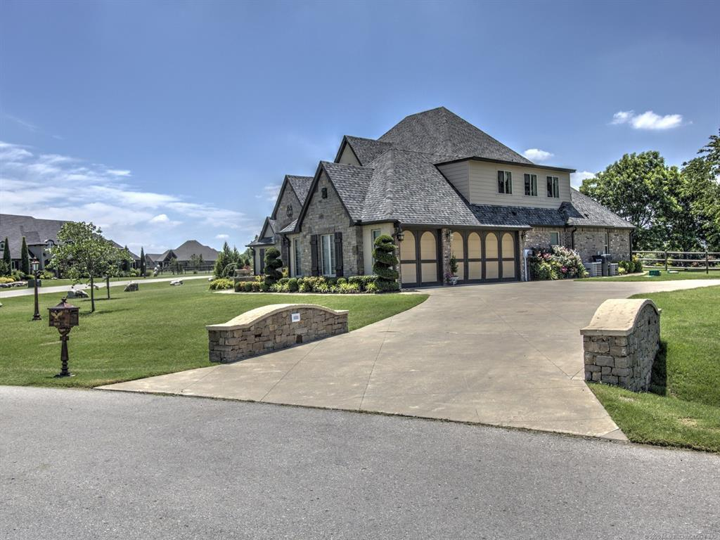 Active | 6616 N Wilderness Trail Owasso, OK 74055 3