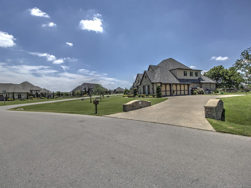 Active | 6616 N Wilderness Trail Owasso, OK 74055 4
