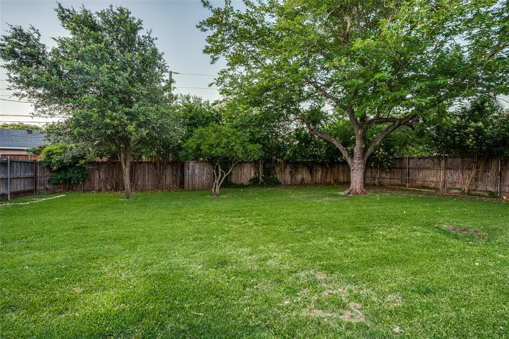 Pending | 4157 Hockaday  Drive Dallas, TX 75229 25