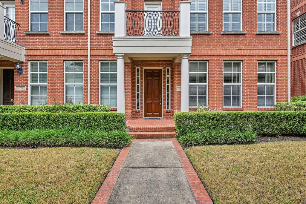 Active | 39 Islewood  Boulevard The Woodlands, TX 77380 1