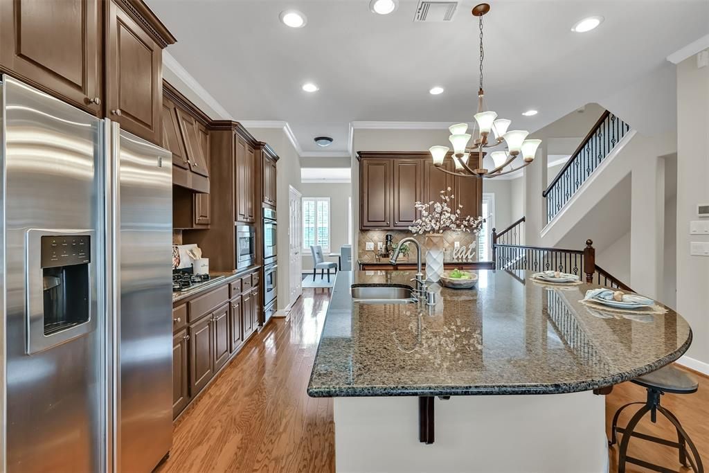 Active | 39 Islewood  Boulevard The Woodlands, TX 77380 13