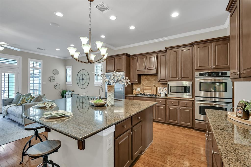 Active | 39 Islewood  Boulevard The Woodlands, TX 77380 15
