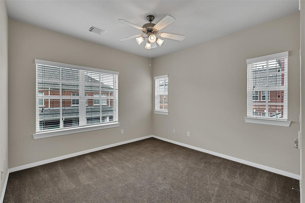 Active | 39 Islewood  Boulevard The Woodlands, TX 77380 26