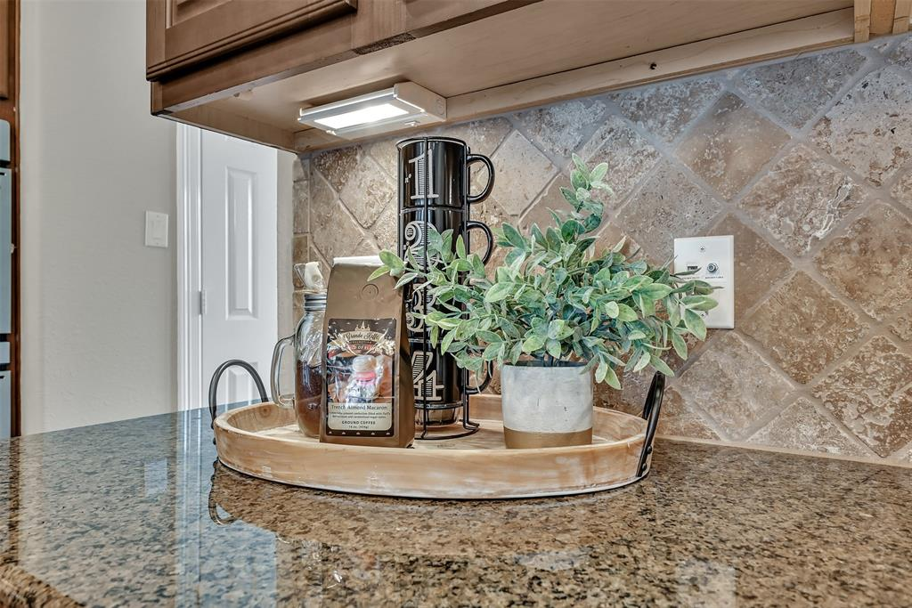 Active | 39 Islewood  Boulevard The Woodlands, TX 77380 44