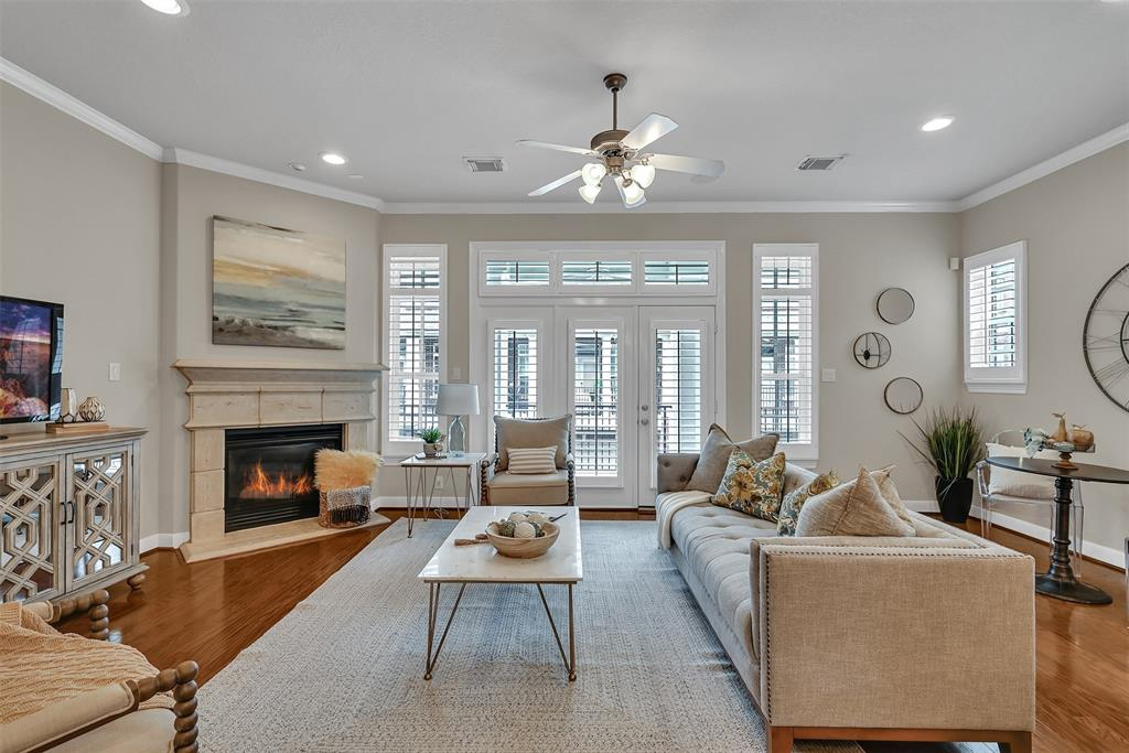 Active | 39 Islewood  Boulevard The Woodlands, TX 77380 7