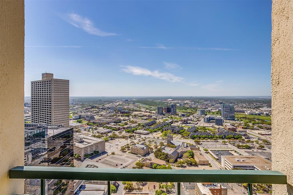Active | 500 Throckmorton Street #3506 Fort Worth, Texas 76102 17