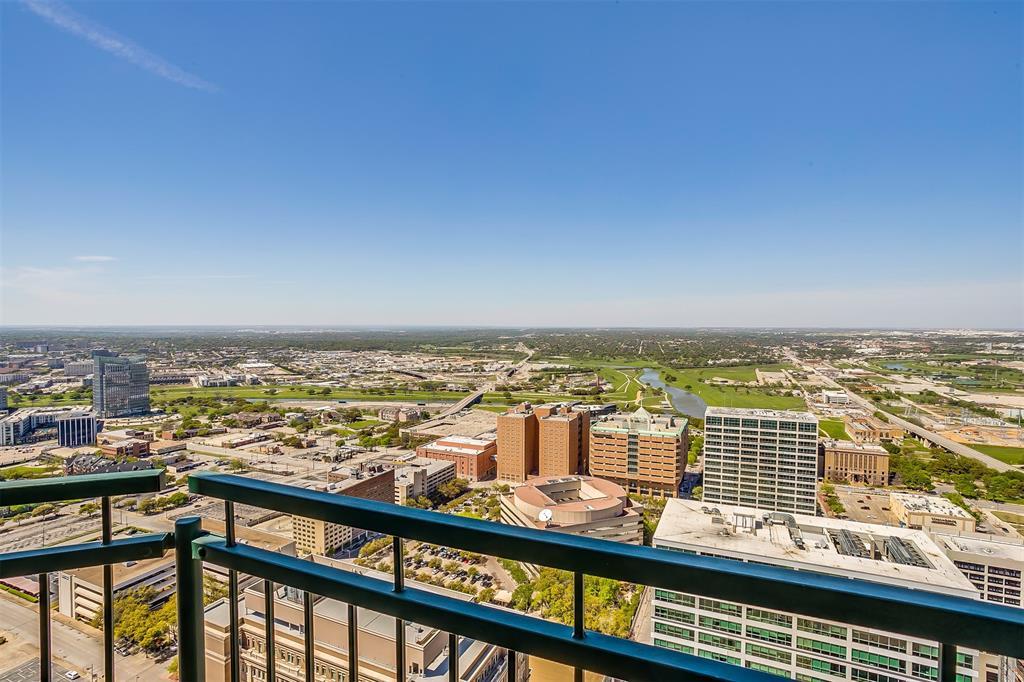 Active | 500 Throckmorton Street #3506 Fort Worth, Texas 76102 19
