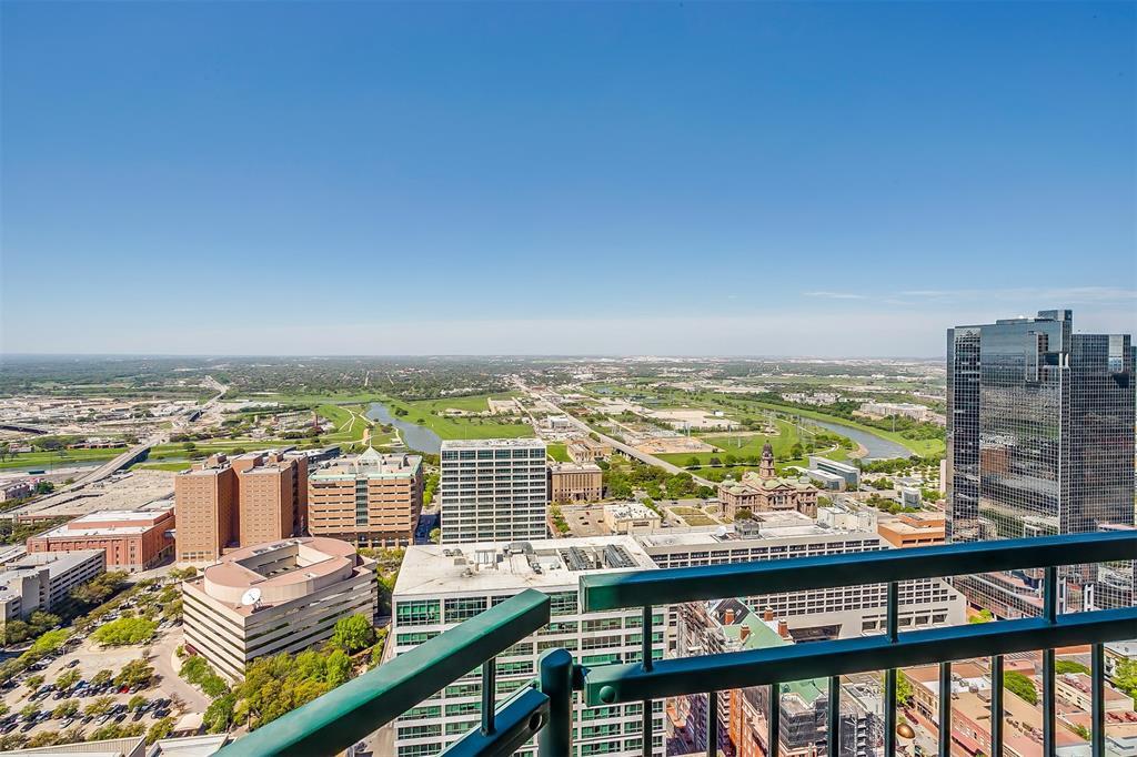 Active | 500 Throckmorton Street #3506 Fort Worth, Texas 76102 21