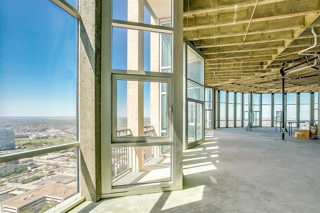 Active | 500 Throckmorton Street #3506 Fort Worth, Texas 76102 9