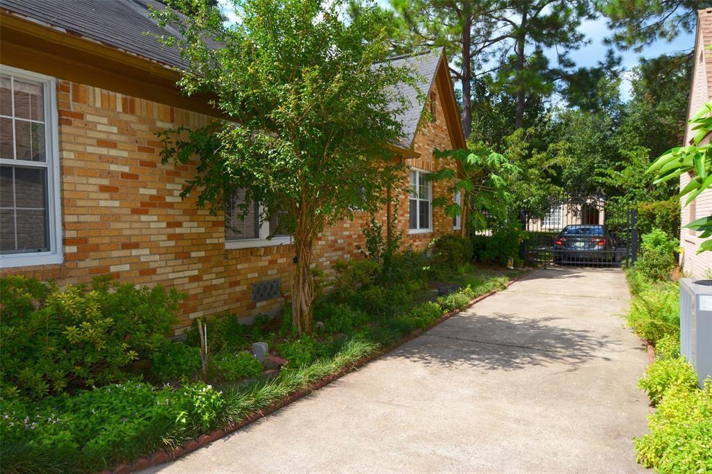 Active | 2141 Colquitt Street Houston, Texas 77098 20