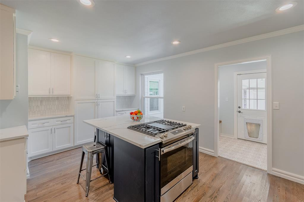 Sold Property | 6102 Revere  Place Dallas, TX 75214 11