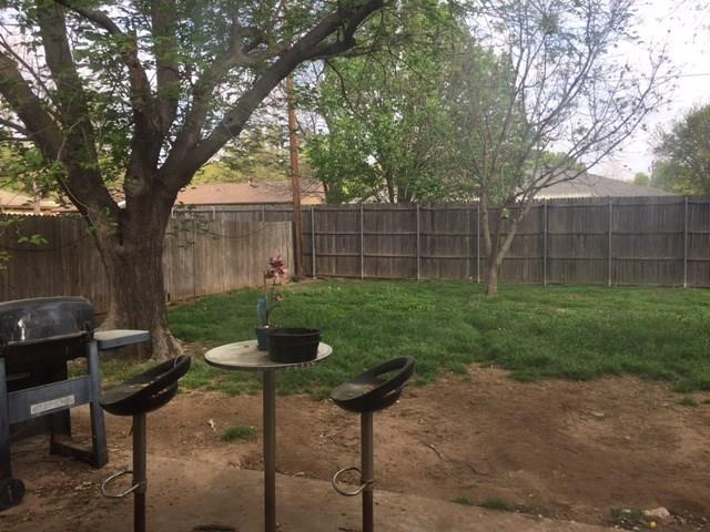 Sold Property | 701 Spring Garden Drive Bedford, Texas 76021 7