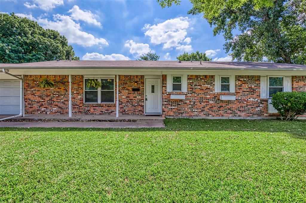Sold Property   3825 Palomino  Drive Benbrook, TX 76116 1
